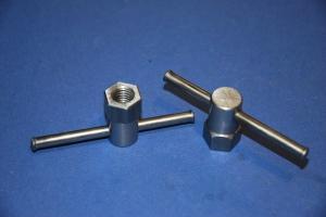 Medium size Wilton swivel clamps (1)